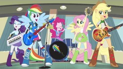 "MLP Equestria Girls Brasil - Clipe Musical - ""Rainbow Rocks"""
