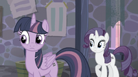 Twilight and Rarity hear Pinkie S5E02