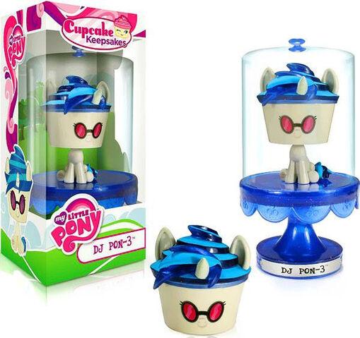File:Funko's Cupcake Keepsakes DJ Pon-3.jpg