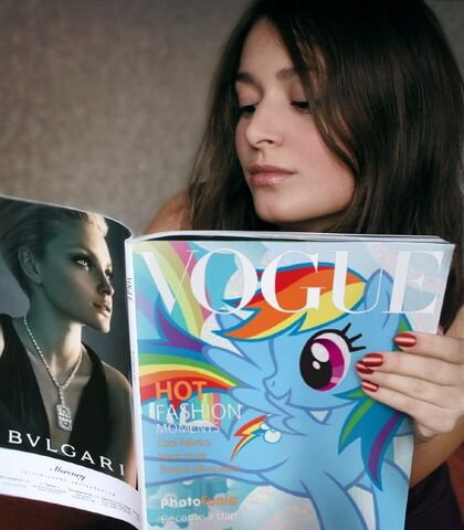 File:FANMADE Rainbow Dash in Vogue magazine.jpg