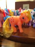 Lauren Faust G1 Applejack toy