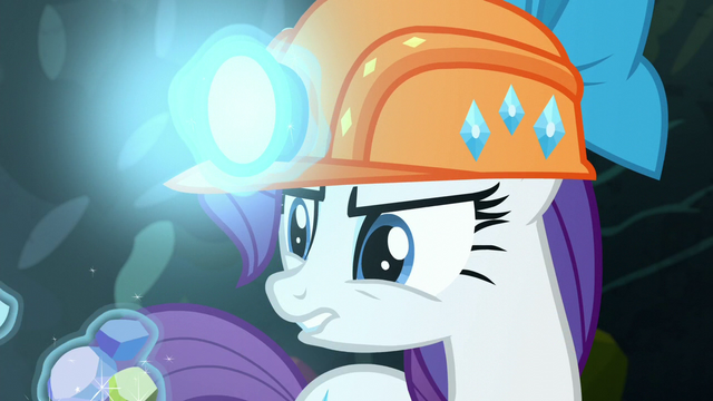 File:Rarity levitates the gems S6E5.png