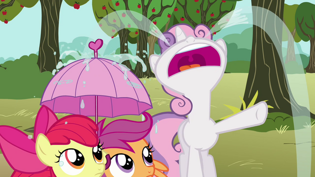 File:Sweetie Belle crying S3E04.png