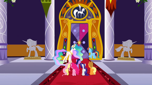 File:Celestia and main 6 in front of door S2E01.png
