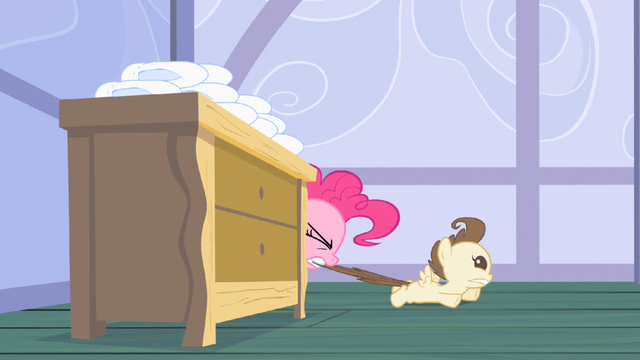 File:Pinkie Pie get over here S2E13.png