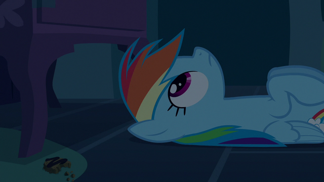 File:Rainbow Dash looking up from the floor S6E15.png