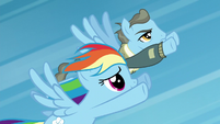 Wind Rider keeps up with Rainbow S5E15