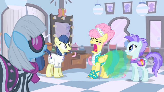 File:Fluttershy is about to sneeze S1E20.png