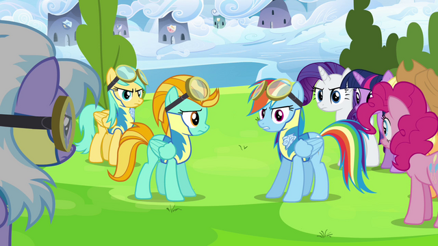 File:Rainbow Dash and Lightning Dust surrounded S3E7.png