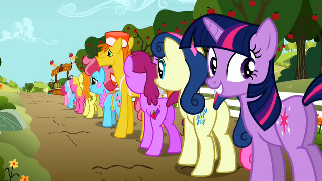 File:Grinning Twilight waiting in line S02E15.png