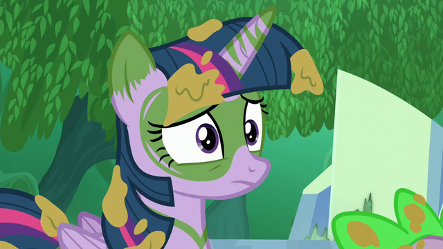 File:Twilight opens her eyes S5E26.png