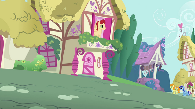File:Pony looks out his window S3E06.png