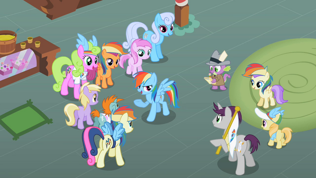 File:Rainbow Dash with her fans S2E08.png