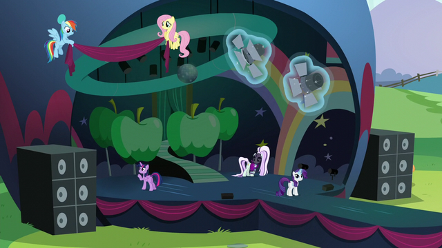 File:Main ponies putting finishing touches on the stage S5E24.png