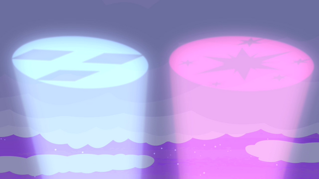 File:Twilight and Rarity's pony signals S4E07.png