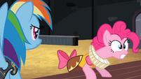 "Pinkie Pie ""pegasusususes"" S02E11"