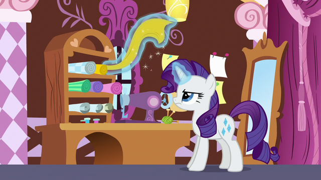 File:Rarity about to make a new uniform S6E15.png