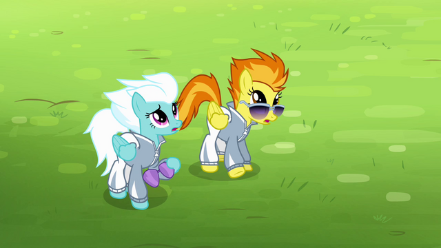 File:Spitfire and Fleetfoot sees Soarin falling S4E10.png