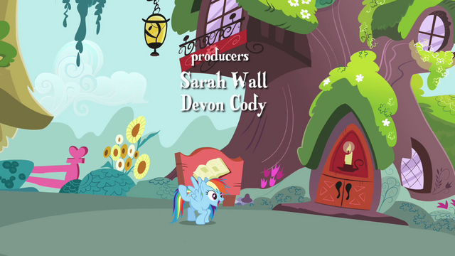 File:Rainbow Dash bounces to the library S4E04.png
