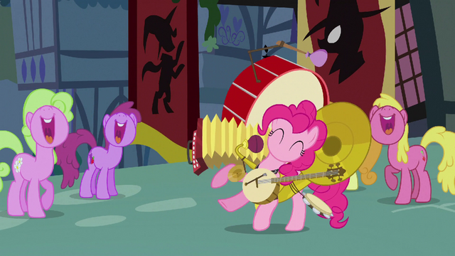File:Pinkie Pie playing ten instruments S3E05.png