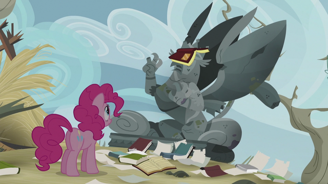 File:Pinkie sees the statue of King Grover S5E8.png