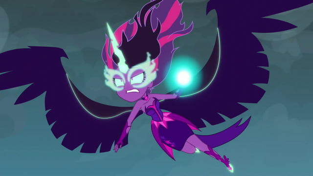 File:Midnight Sparkle powering up at Daydream Shimmer EG3.png