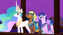 Princess Celestia and her guests enjoy Twilight's performance S3E05