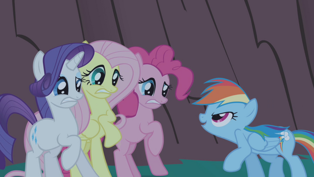 File:Rainbow Dash about to scare friends S1E02.png