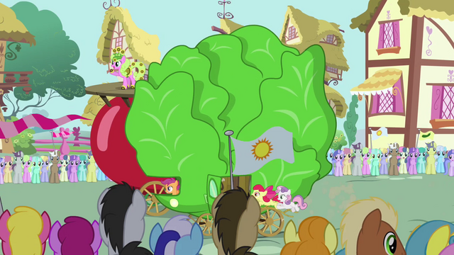 File:Pinkie Pie's float overtaking tomato float S3E4.png