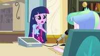 Twilight asks Principal Celestia about the crown EG