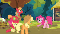 Pinkie Pie '...to get more scrapbook paper!' S4E09