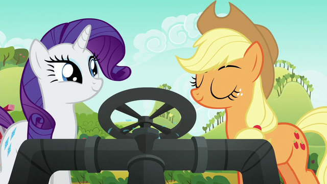 File:Applejack nods with approval S6E10.png