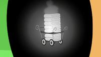 Cart of hot towels in Applejack's eye S6E10