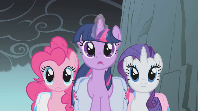File:Twilight and friends reach a crevice S1E07.png