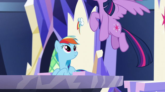 File:Rainbow sees Twilight flying away S5E19.png
