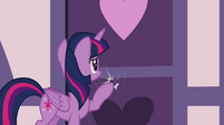 Twilight knocking at the door S4E18