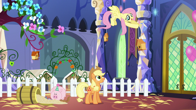 File:Fluttershy hanging a birdhouse S5E3.png