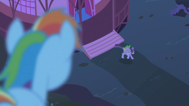 File:Rainbow watching Twilight S1E2.png