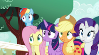 Main five surprised by Pinkie again S5E19