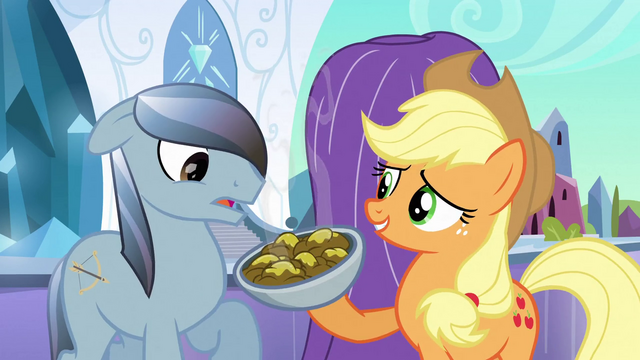 File:Applejack presenting fritters S3E2.png