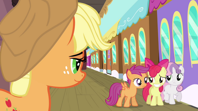 File:Apple Bloom awkward smile S3E4.png