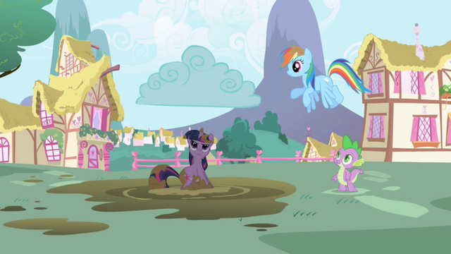 File:Raincloud over Twilight S1E1.png