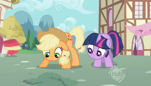 File:Applejack with hat.png