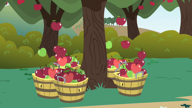 File:Apples falling into baskets S1E01.png