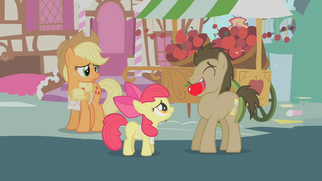 File:Dr. Hooves with apple in mouth S1E12.png