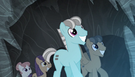 More villagers appear to trap the Mane Six S5E1