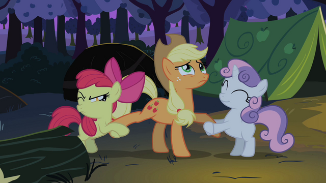 File:Apple Bloom Sweetie Belle fighting over Applejack S2E05.png