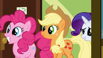 Pinkie Pie Applejack and Rarity visiting Rainbow S2E16