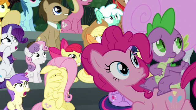 File:Pinkie Pie and Spike look to the sky S6E7.png