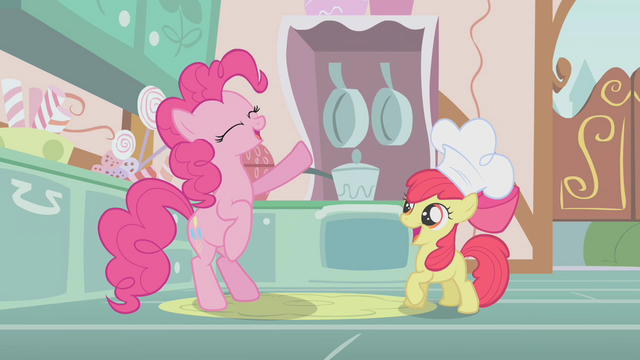 File:Pinkie Pie happily singing the cupcake song S1E12.png